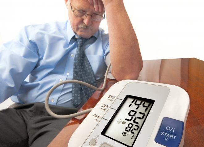 Người cao huyết áp ăn được tam thất không